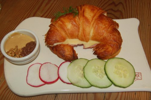 Toasted ham and cheese croissant with mustard trio