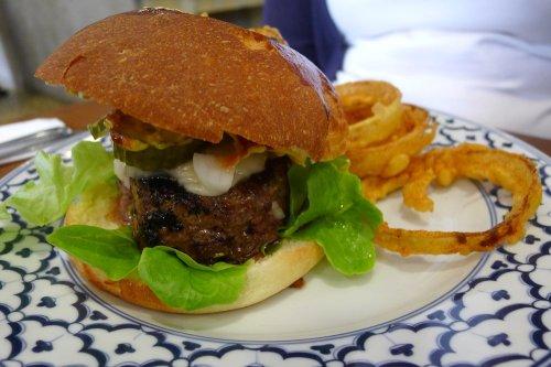 Cowbell 808 burger