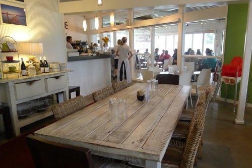 H2O Café interior