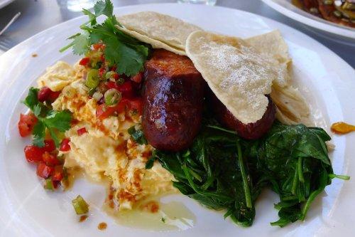Mexican eggs (huevos rancheros)