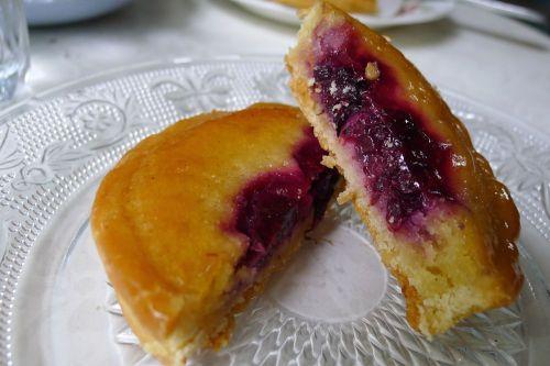 Frangipan fruit tart