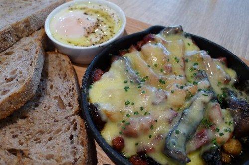 Petite breakfast board