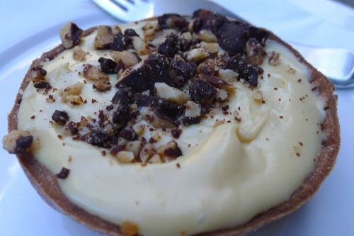 Peanut butter tart