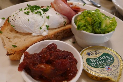 Poached eggs with sides