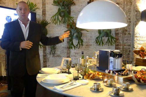 Presentation of the De'Longhi Nespresso Lattissima Pro