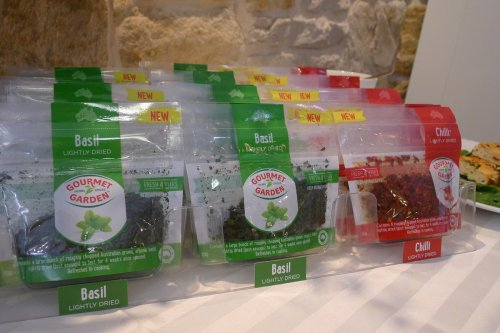 Basil and chilli pouches