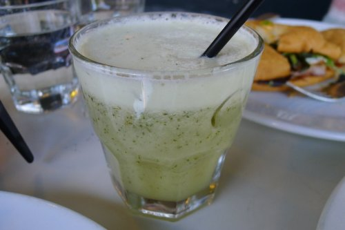 Pineapple juice with mint