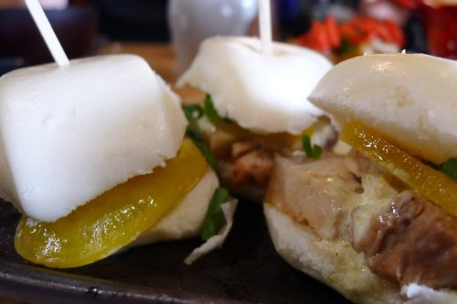 PaperPlanes pork belly bun