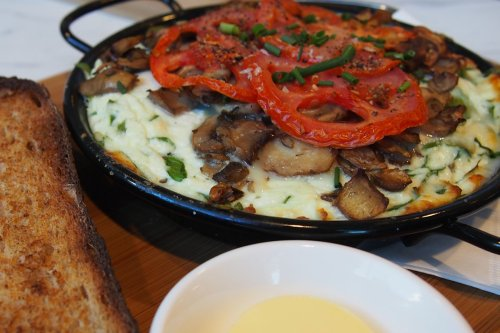 Egg white and ricotta omelette