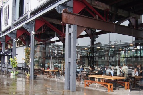 Pier 8 Café