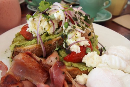 Smashed avocado with sides