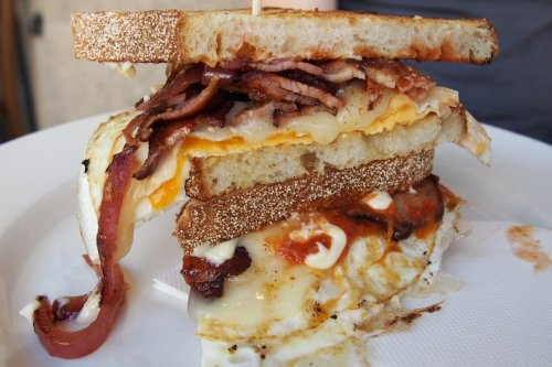 The ultimate bacon & egg roll