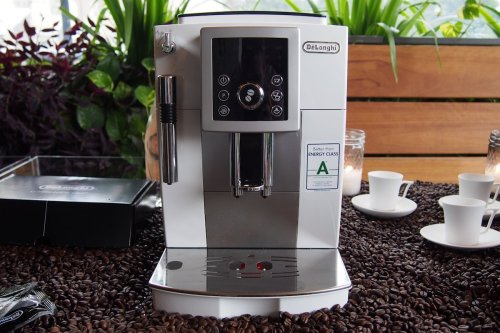 Full automatic compact coffee machine ECAM23210W