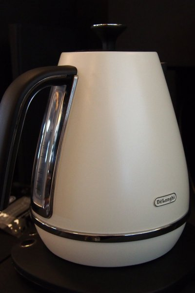 Distinta digital kettle (pure white)