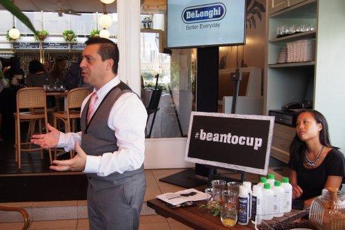 Automatic coffee machine presentation