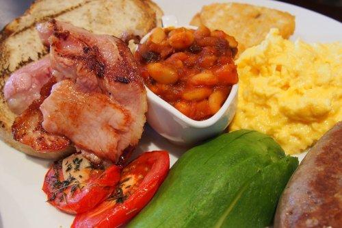 X74 breakfast