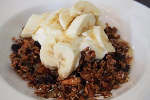 Organic toasted granola muesli