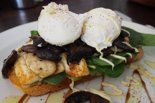 Grilled haloumi stack