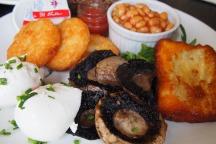 Two Good Eggs vegetarian breakfast