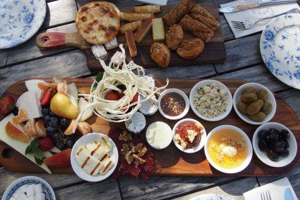 Van breakfast feast